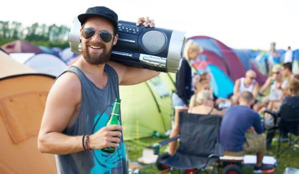 amigos vecinos festival camping